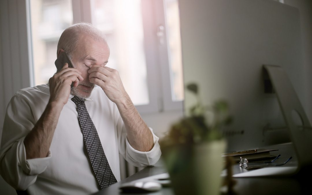 7 Strategies to Cope with Migraines at the Office